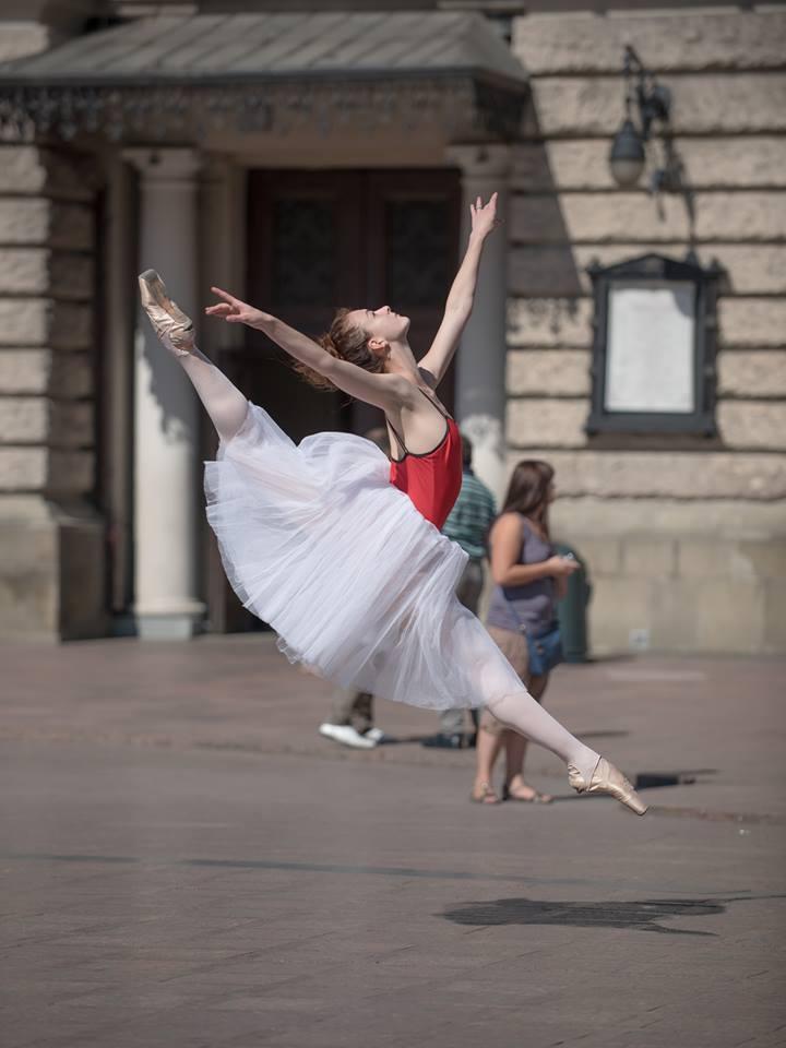 lviv-ballet-dancers-15
