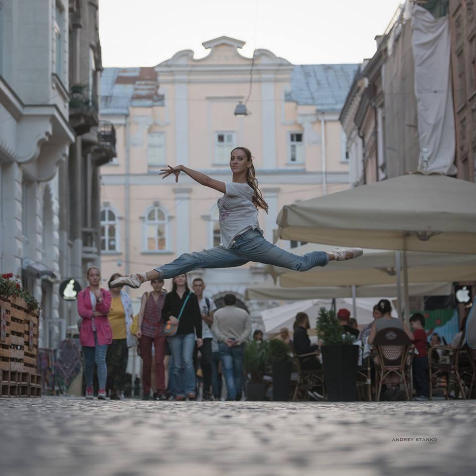 lviv-ballet-dancers-20