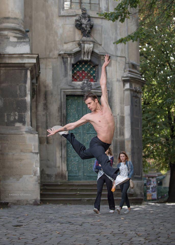 lviv-ballet-dancers-27