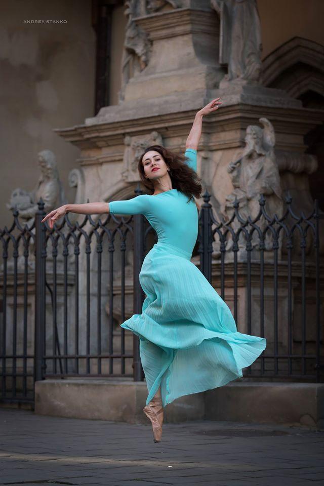 lviv-ballet-dancers-4